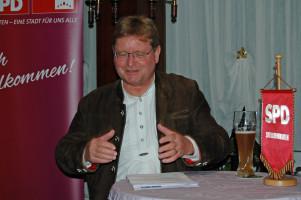 MdL Dr. Paul Wengert bei seiner Ansprache