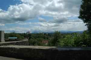 Im Südosten der einzige Ausblick Richtung Grünten über Kempten St. Mang