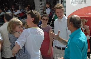 Martin Bernhard im Gespräch mit den Bürgern