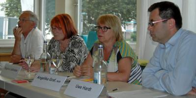 Das Podium v.l.Lothar Köster, Regina Liebhaber, Angelika Graf, Uwe Hardt