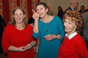 v.l. Katharina Schrader, Beatrix Zurek und Ingrid Vornberger (Stadträtin, stellv. Vorsitzende des DMB-Mietervereins Kempten und Umgebung)
