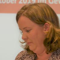 Vorsitzende des SPD-Kreisverbands und der SPD-Stadtratsfraktion, Stadträtin Katharina Schrader